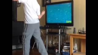 Kid screaming to spongebob and freaking out