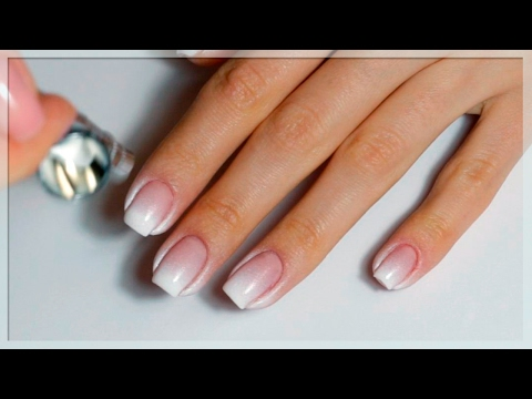 Растяжка белая на ногтях