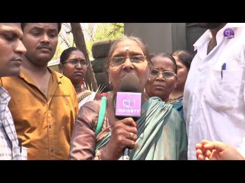 Video Saibaba Controversy   Sai Devotees byte 8   Protest infront of  TV9   Ramanananda   Govindananda download in MP3, 3GP, MP4, WEBM, AVI, FLV January 2017