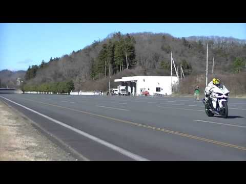 kawasaki h2r at 385 km/h - crazy pilot!