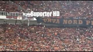 Video WoW!!! Aremania Terdiam Menghormati The Jak Mania Saat Persija Vs Arema FC Di Stadion GBK MP3, 3GP, MP4, WEBM, AVI, FLV Oktober 2018