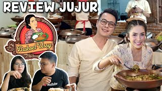 Video REVIEW BAKOEL USSY ! SEKEDAR WARTEG ARTIS ATAU BENERAN ENAK ?? MP3, 3GP, MP4, WEBM, AVI, FLV April 2019