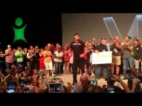 Hulk Hogan at Vitality 2013 Orlando!! Visalus!! +the 100+ lb club