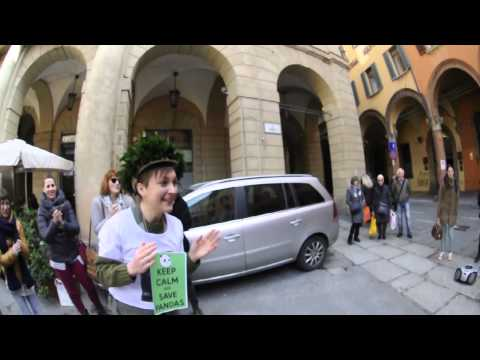 Pharrell Williams - Happy from Bologna
