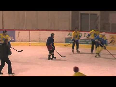 Hokejový zápas Kozmice proti Kozmicím