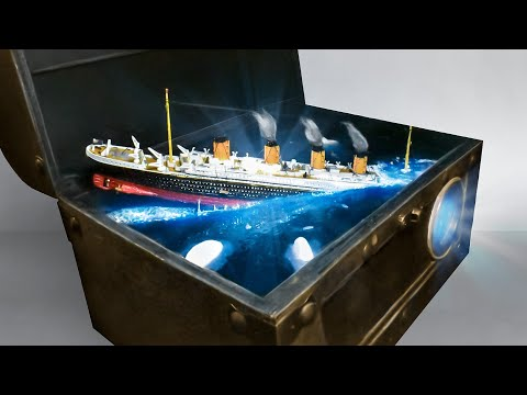 TITANIC SINKING IN A CHEST-Diorama / lamp - epoxy resin art