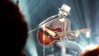 Jason Mraz - Di sini Senang, Di sana Senang + You & I Both [Live in Jakarta]