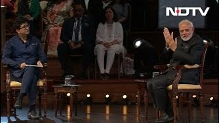 Download Video Watch: PM Modi's Q&A Session In London With Prasoon Joshi MP3 3GP MP4