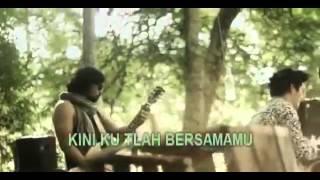 Seventeen Band - Menemukanmu (Vidio Clip + Lyrics) henriz2527