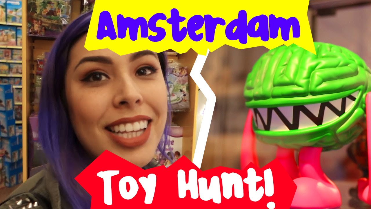 Minecraft, Lego Madness, Simpsons! – Amsterdam Toy Hunt!