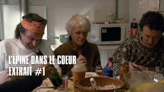 Extrait #1 de L'épine dans le coeur réalisé par Michel Gondry.Sortie le 21 avril 2010.Synopsis : Suzette, tante de Michel Gondry, raconte ses écoles dans les Cévennes où elle a été institutrice de 1952 à 1986. Mais petit à petit, Michel découvre une réalité de sa vie familiale qu'il ignorait et que ce film explore de manière sobre mais pleine d'émotions. En Sélection officielle Hors Compétition au Festival de Cannes 2009