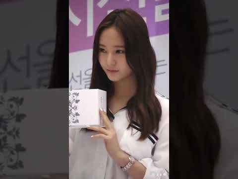 Fancam Nữ hoàng băng giá Krystal P1
