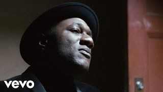 Aloe Blacc - Love Is The Answer (Official Video) - YouTube