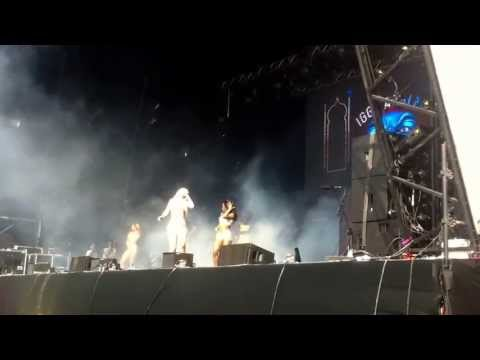 Iggy Azalea - Bounce @ Parklife, Heaton Park (HD)