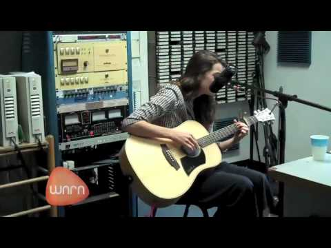 WNRNradio - Grace Woodroofe performs