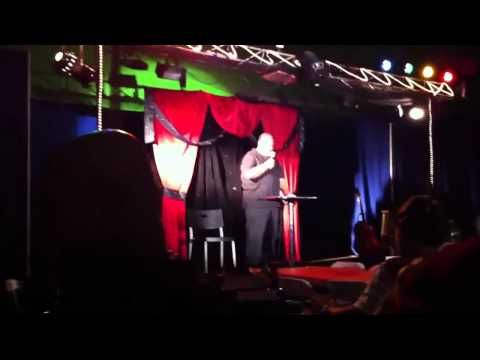 krachunis - My 75yo Dad decided to try out stand up comedy for the first time. Good job POPS.