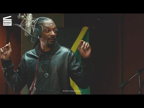 Pitch Perfect 2 : Chansons de Noël avec Snoop Dog