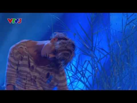 Vietnam's Got Talent 2016 Chung kết 1 - Ngọc Hải bẻ xương kinh dị