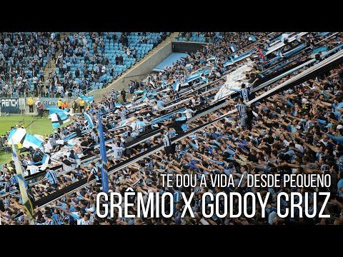 Te dou a vida / Desde pequeno - Grêmio 2 x 1 Godoy Cruz - Libertadores 2017 - Geral do Grêmio - Grêmio