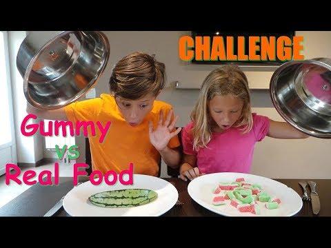 Video Challenge Gummy vs Real Food download in MP3, 3GP, MP4, WEBM, AVI, FLV January 2017