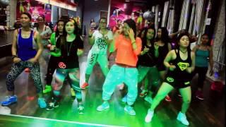 Om TELOLET Om  By Imey Mey Zumba Dangdut - Choreo By Chenci  At BFS Studio Sangatta Kaltim Borneo Video