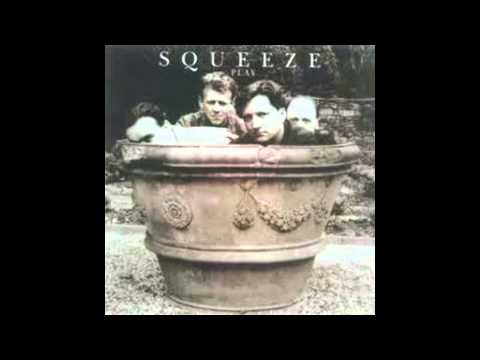 Squeeze - Satisfied lyrics