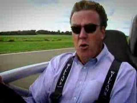 Stig alien - Jeremy Clarkson challenges the Ariel Atom to prove more fun than a motorbike - with astounding results. The speed is unlike any car or motorcycle on the road...