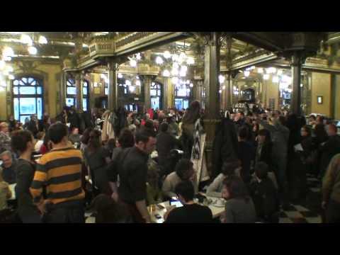 Video Flash Mob Pamplona Opera download in MP3, 3GP, MP4, WEBM, AVI, FLV January 2017