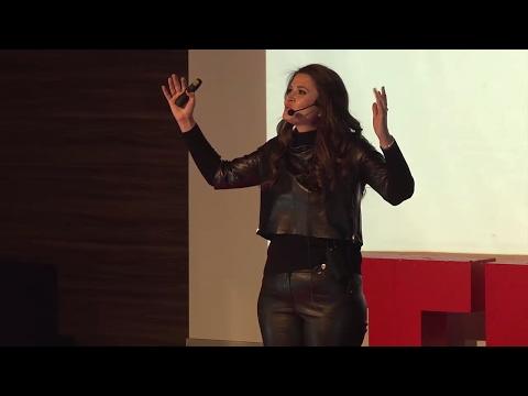 Zerrin Tüfekçi - TEDxYouth - Fark Yaratmak Mı?...