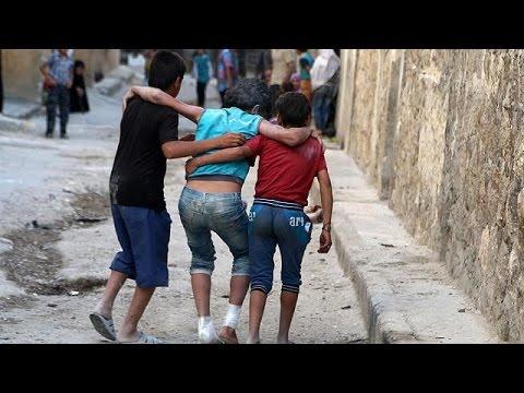 Συρία: Μαζικό σφυροκόπημα στο Χαλέπι – Έξω από τη Ράκα ο στρατός του Άσαντ
