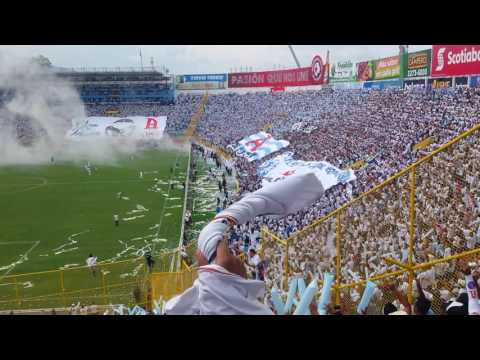 Entrada final Alianza FC - La Ultra Blanca y Barra Brava 96 - Alianza