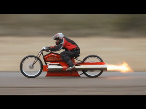 Bob Maddox shows off in world's fastest twin Pulsejet engine motorcycle