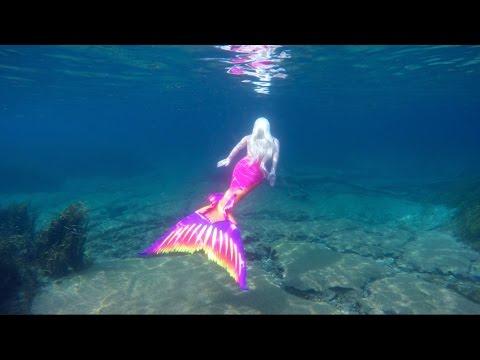 Video Living Underwater: Real Life Mermaid Melissa download in MP3, 3GP, MP4, WEBM, AVI, FLV January 2017
