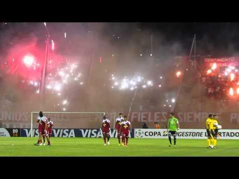 Recibimiento Barra del Caracas FC vs. Lanús | www.solofutbolve.com.ve / @SoloFutbol_VE / @Futve - Los Demonios Rojos - Caracas - Venezuela - América del Sur