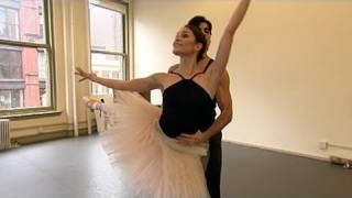 Video 'Black Swan' Dance Double Speaks Out MP3, 3GP, MP4, WEBM, AVI, FLV Juni 2019