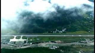 Paro Bhutan  City new picture : A spectacular landing on the Paro International Airport, Bhutan
