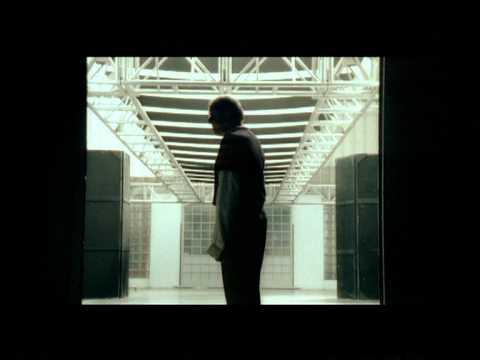 , title : 'Adriano Celentano - Confessa - Official video (with lyrics/parole in descrizione)'