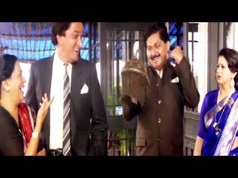 Daulat Ki Jung - Comedy Scene 1/24