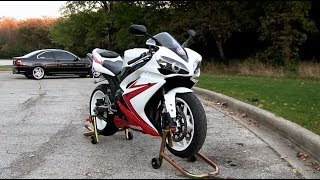 10. 2007 Yamaha YZF-R1 Walk Around & Carbon Fiber Yoshimura Exhaust Sound - Backfiring Flames