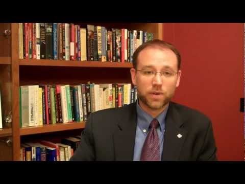 NPLI: Trevor Riggen, Rotes Kreuz