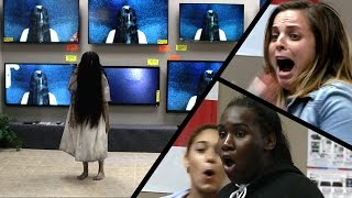 Nonton Rings (2017) - TV Store Prank Film Subtitle Indonesia Streaming Movie Download