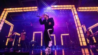 Video Bruno Mars - Versace on the Floor [Billboard Music Awards 2017] MP3, 3GP, MP4, WEBM, AVI, FLV Februari 2019