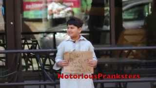 Video THE HOMELESS MUSLIM CHILD EXPERIMENT! MP3, 3GP, MP4, WEBM, AVI, FLV Agustus 2017