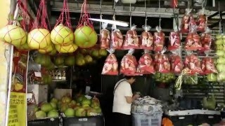 Bidor Malaysia  City pictures : Fruit stalls in Bidor,Malaysia