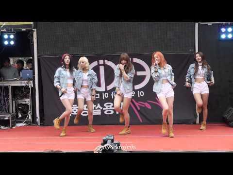 韓國粉絲拍下EXID在街頭的表演,讓人不禁的阿爺~阿爺~阿爺阿爺阿爺~~