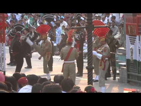 Ceremonia cierre de frontera India/Pakistán, Parte II (8,2)
