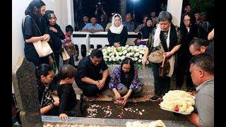 Video Prosesi Pemakaman Probosutedjo Di Dusun Kemusuk MP3, 3GP, MP4, WEBM, AVI, FLV Agustus 2018