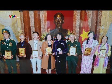 pho-chu-tich-nuoc-dang-thi-ngoc-thinh-tiep-ban-to-chuc-chuong-trinh-xuan-doanh-nhan-voi-cong-dong-lan-ii-2018
