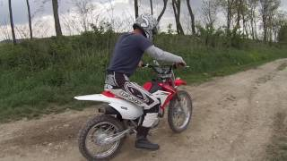 8. HONDA CRF125FB BIG WHEEL REVIEW AND TEST DRIVING 2016.