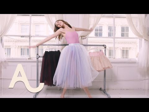 Alexa Chung Learns How To Do A Ballet Workout | ALEXACHUNG видео